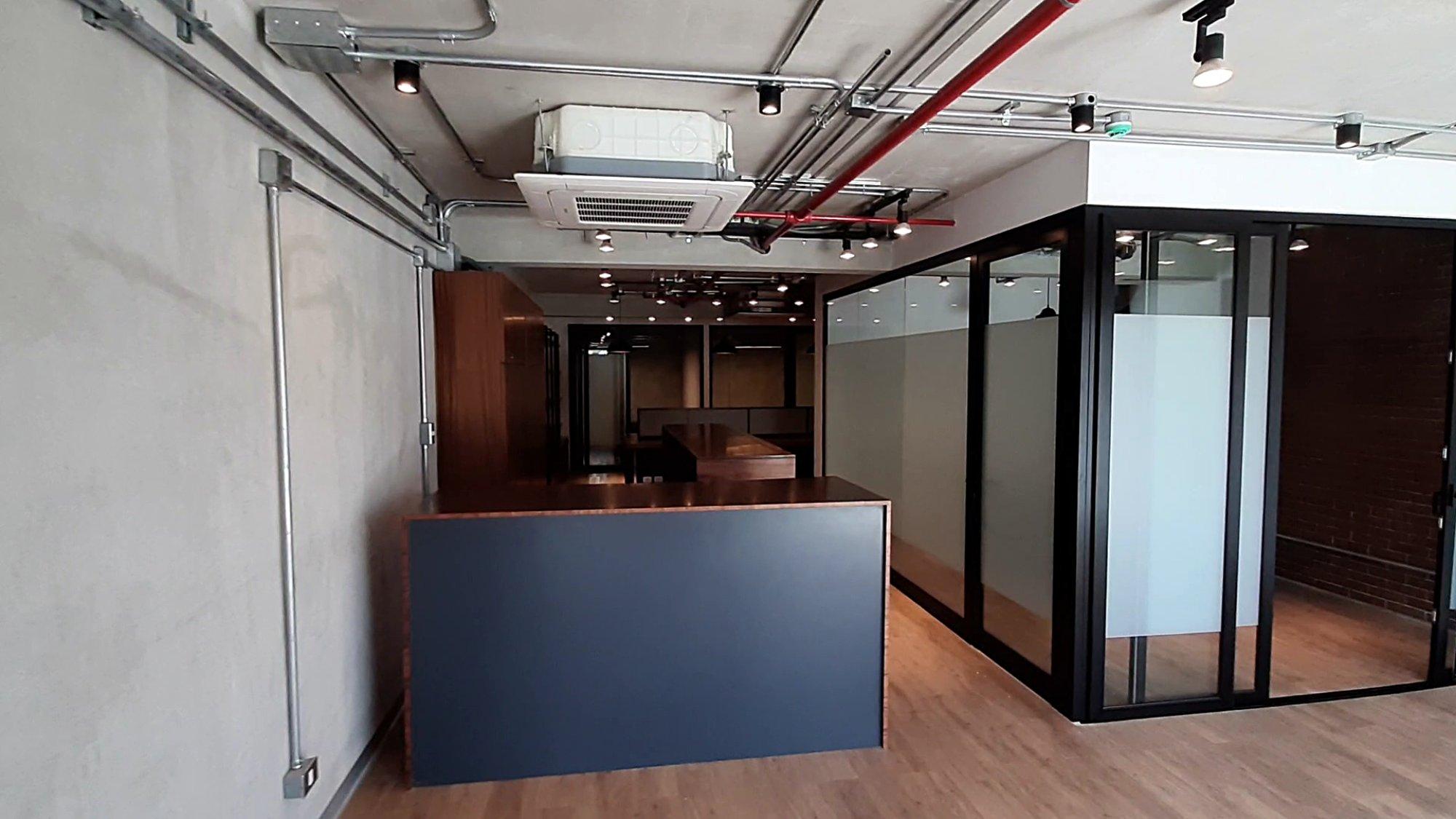 Alquilo Oficina equipada y amoblada en Barranco