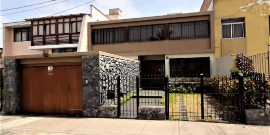 Vendo Casa en Miraflores