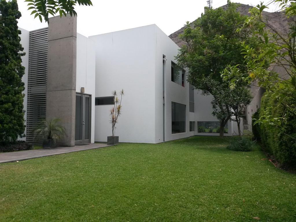 Vendo elegante residencia en La Molina