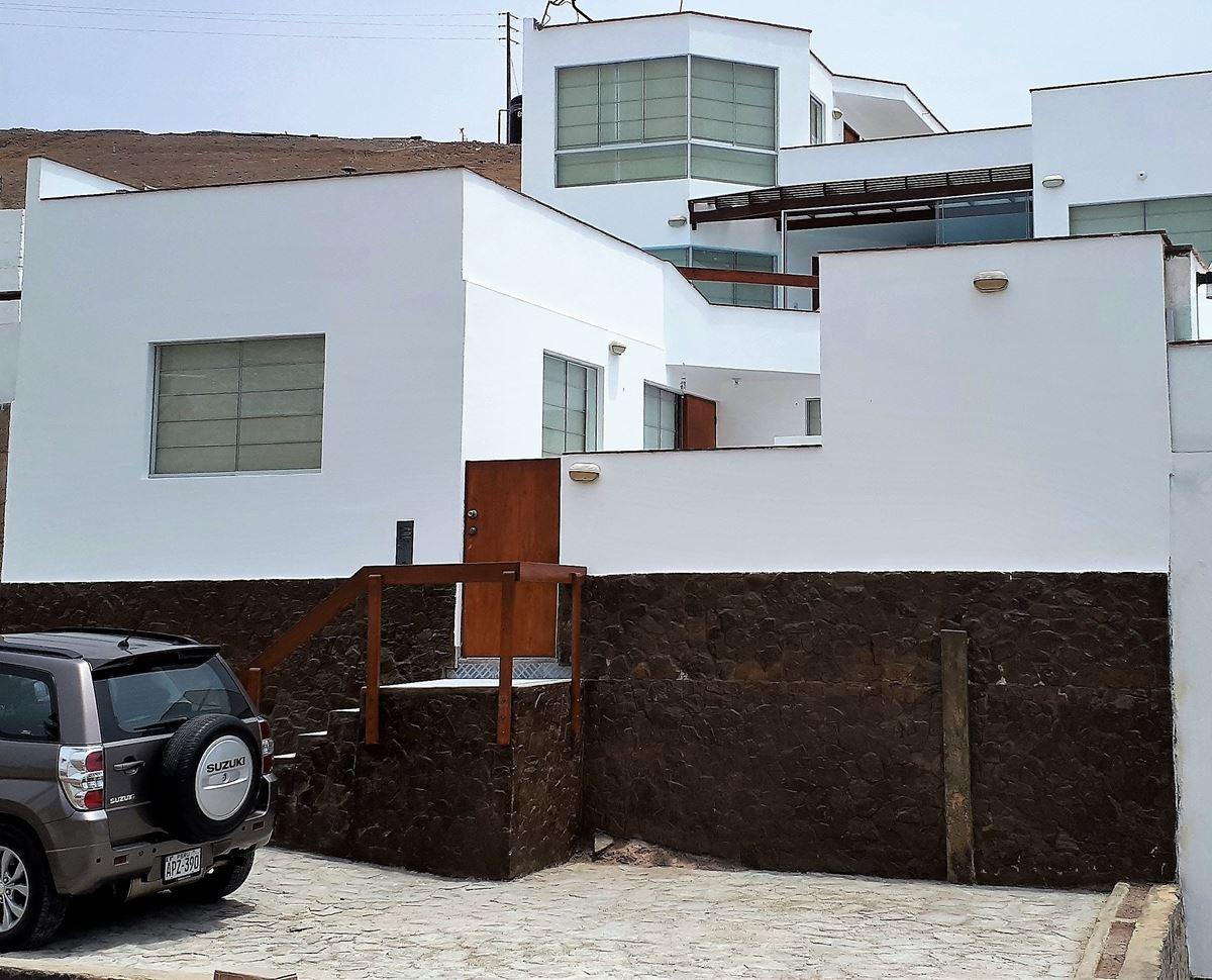 REMATO URGENTE Amplia Casa de Playa Puerto Fiel – Toyo Seco